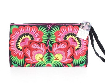 Wristlet With Pink Flowers  HMONG Embroidered Bag Handmade Thailand (BG810.1)