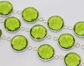 Peridot Green Quartz Faceted Coin Bezel Gemstone Sterling Silver Connector, 20 x 13 mm GM2232FC/20/SC