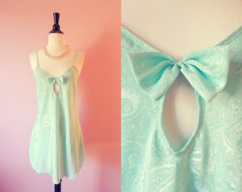 Intimate Moods- 1990's- Mint Green Paisley Chemise- Small
