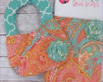 Newborn Bib and Burp Cloth Set
