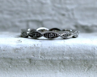 Vintage 14K White Gold Diamond Wedding Band.