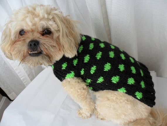 Polka dot dog sweater knitting pattern - PDF, small dog sweater