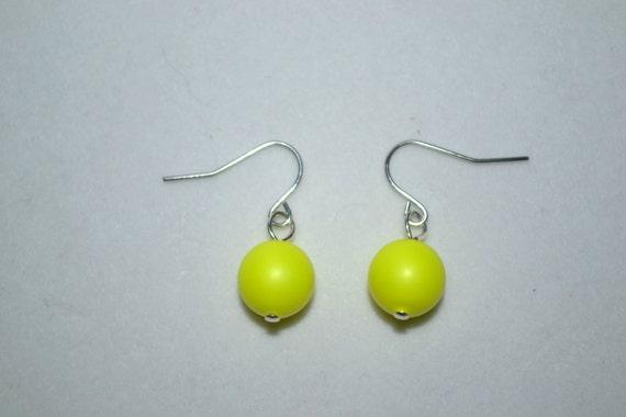 neon yellow swarovski pearl earrings by mandalynncreations