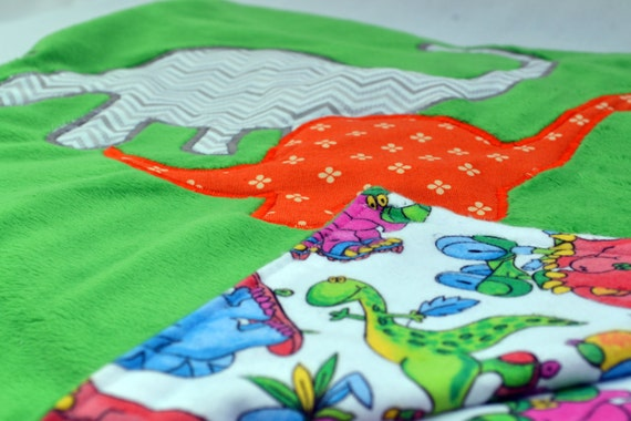 couverture de b b dinosaure buddies couverture par valkinthreads2. Black Bedroom Furniture Sets. Home Design Ideas