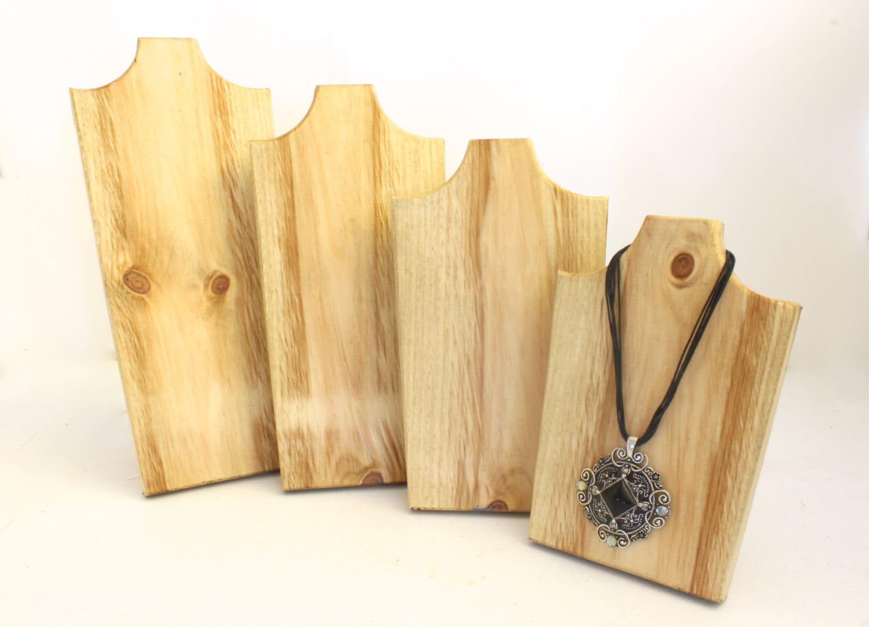 bijoux en bois pr sentoirs ensemble assorti de 4 collier bois. Black Bedroom Furniture Sets. Home Design Ideas