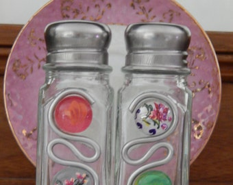 Hand Painted Salt and Pepper Shakers Mosaic/OOAK/Wedding Gift/Bridesmaid
