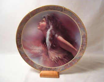 The Promise Collector Plate from Native Beauty Collection by Lee Bogle