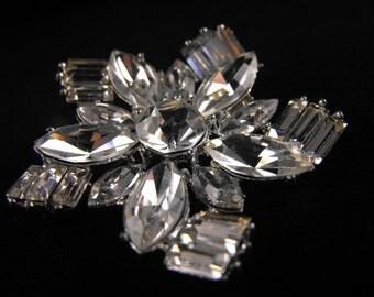 Crystal Star Brooch Stunning Sparkle Shimmer Shine Clear Rhinestone Baguettes