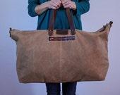 Waxed Canvas Weekend Getaway Bag Soft Brown