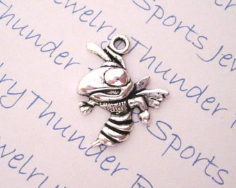 12 Antique Silver Hornet or Bee or Wasp Charms Insects Pendants