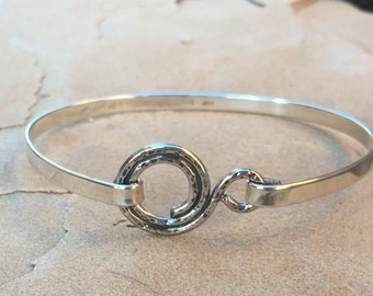 Sterling Silver Swirl Bangle Bracelet / Silver Bracelet / Silver Jewelry / Everyday Bracelet / Circle Design Bracelet