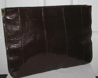DARK CHOCOLATE CLUTCH // Oversized Reptile Snakeskin Patent 70's Pursee Brown Gold Hardware Chic Fall 80's