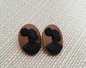 Afro Cameo Studs - Black and Brown