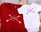 Love Arrows Mommy & Me t-shirt set