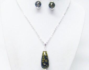 Banded Agate Amber Dragon Grain Teardrop Pendant Necklace & Earrings Set