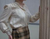 Women's Shirt, Size 12, Vintage Blouse, Off White Shirt, Cream Blouse, Hoberdashery Button Up Blouse, Secretary