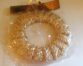 5 inch straw wreath / ornament (BR4)