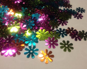 40 assorted flower sequins / confetti  , 14 mm (16)+