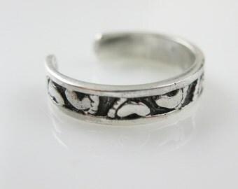 Sterling Silver Toe Ring-925 Sterling Silver Toe Ring -Footprint Toe Ring-Darkened Brush Silver-Adjustable Toe Ring -Tiny Feet - Sku: 702001