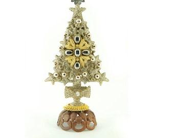 Christmas Tree no.1 by Basia Zarzycka