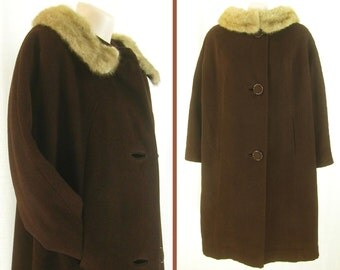 Vintage 50s – 60s chocolate Brown Swing ~Crestmoor~ Wool coat ~Mink wedding ring fur collar