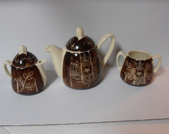 Purinton Pottery Intaglio Tea Pot, Creamer and Sugar set, Excellent condition Hand painted- , Mid century