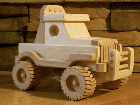 Handmade Wooden Off Road Jeep Toy
