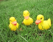 Plastic 3-Dimensional Baby Ducklings and Chicks - Display - Instant Yard Decorations - Garden Shed - in the Garden - In the Yard - Vintage