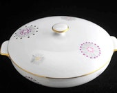 Lipper and Mann Stardust Round Covered Vegetable Bowl Casserole and Lid with Gold and Purple Stars Vintage 1950s 1960s