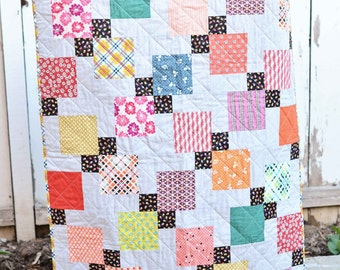 Disappearing Nine Patch Modern Baby Quilt
