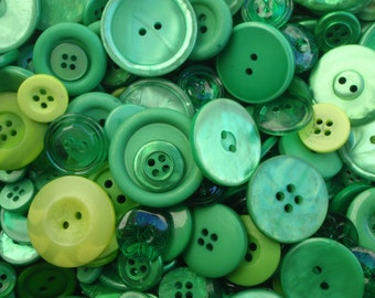 20 Green Button Mix 5 to 30mm
