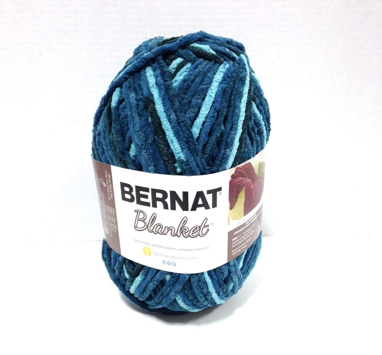 bernat blanket yarn in teal dreams large 300 gram ball new