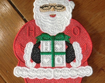 Embroidered Magnet - Christmas - Santa W/Present - Large
