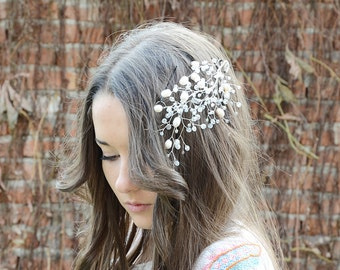 Bridal Hair Piece, Bridal Hair Accessories, Wedding Headpiece, Freshwater Pearls and Crystal Hair Pin,  Bridal fascinator, Hair vines