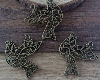10pieces/lot 29mmx36mm dove charm   -  antique bronze  charm pendant  Jewelry Findings