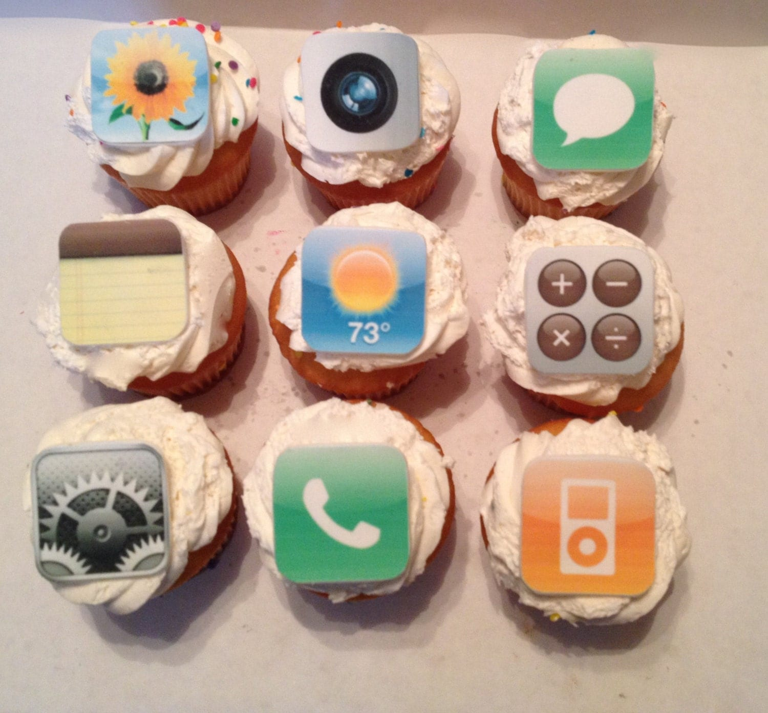 iPhone IPad Inspired Fondant Cupcake Toppers