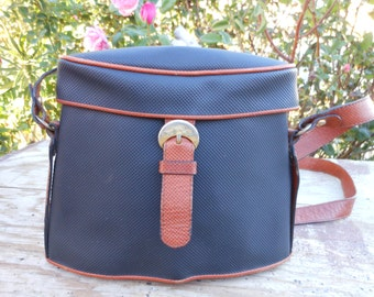 Vintage Authentic BOTTEGA VENETA Black Canvas and Brown Leather Trim Shoulder Bag
