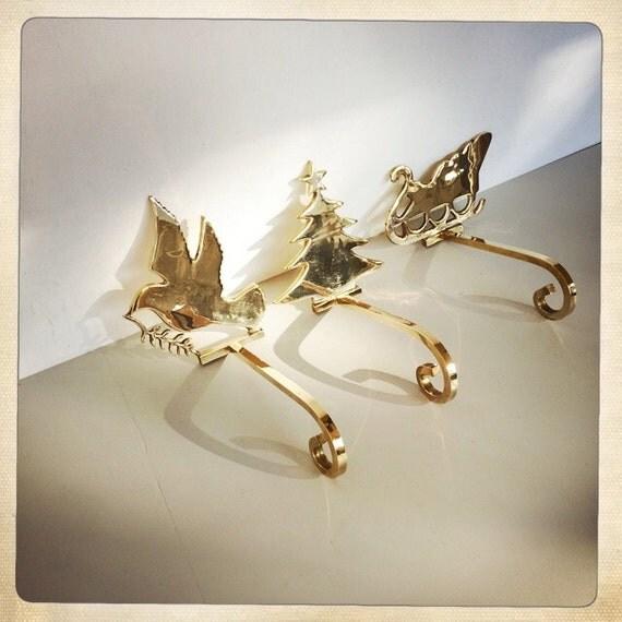 brass stocking holder gold mantel hooks retro holiday glam set. Black Bedroom Furniture Sets. Home Design Ideas