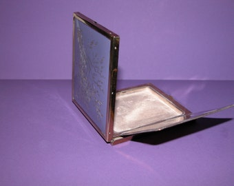 Very pretty Vintage Brass Rectangular Powder Compact decorated with etched branches