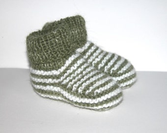 baby Booties hand knitted in Baby Alpaca Green and white yarn