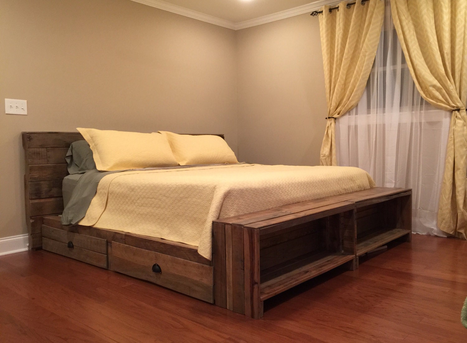 reclaimed pallet wood platform bed w storage drawers