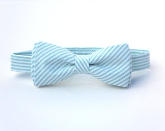 Mint bow tie for boys, ring bearer bow tie, mens mint bow tie, boys mint bow tie, groomsmen bow tie, wedding bow tie, toddler wedding outfit