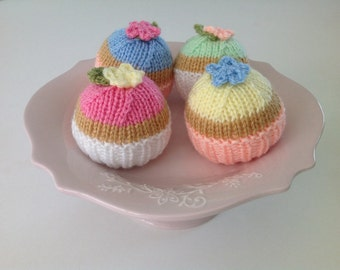 Knitted Toy Cupcakes, Play Food, Cupcake Decorations