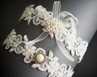 Ivory Floral Beaded Bridal Garter Set , Wedding Garter Set  ,Toss Garter , Bridal Accessories ,Lace  Wedding Garter ,Garter