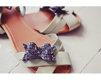 Bow Shoe Slips, Dark Grey Glitter Bow Shoe Clips, Slate Glitter Wedding Shoeclips, Anthracite Bridesmaids, Grey Flowergirl