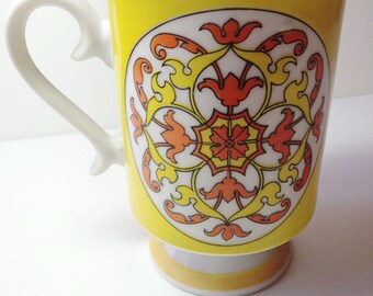 Vintage Coffee Mug - 1970's Smugmug Design - Mod Mug - 70's  Bright Graphics - Retro Graphics