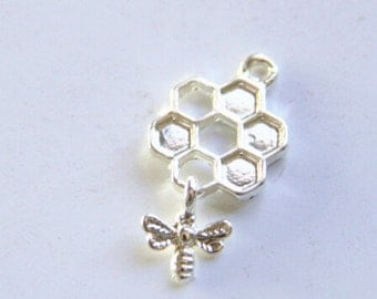 6 pcs of bee with honeycomb charm-1270-28x15mm-silver