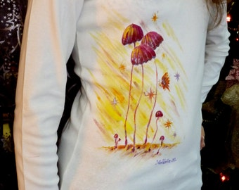 """Beige sleeves T-shirt long size M for woman theme """"magic mushrooms"""" handpainted by Valerie"""