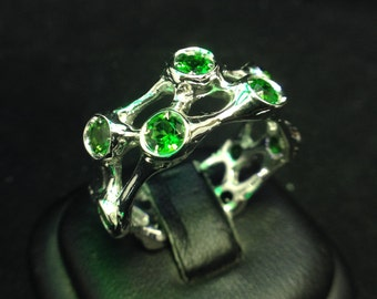 Silver Organic Neuro-Band with Chrome Diopside