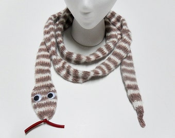 Knit / Long Snake Scarf